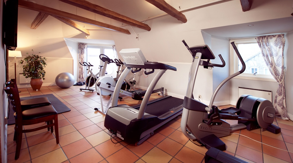Spacious gym at Amanda Hotel in Haugesund