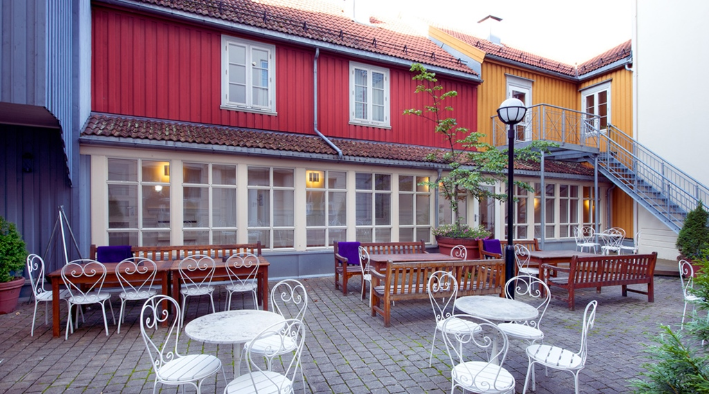 Spacious outdoor area at Bakeriet Hotel in Trondheim