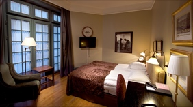 Expansive and luxurious double room at Bastion Hotel in Oslo