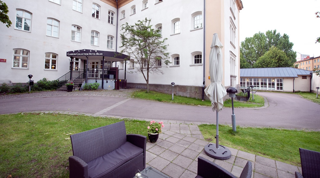Outdoor area outside Bilan Hotel in Karlstad