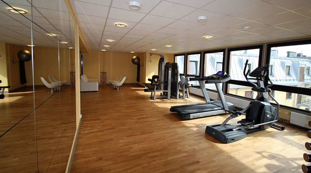 Gym facilities at Comfort Hotel Bristol in Arvika