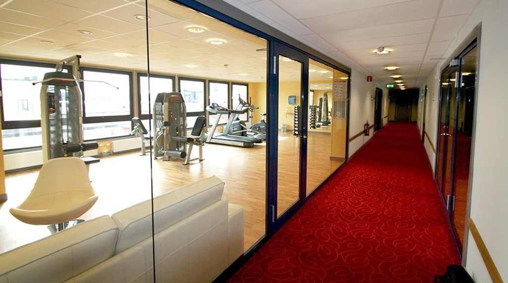 Modern gym at Comfort Hotel Bristol in Arvika