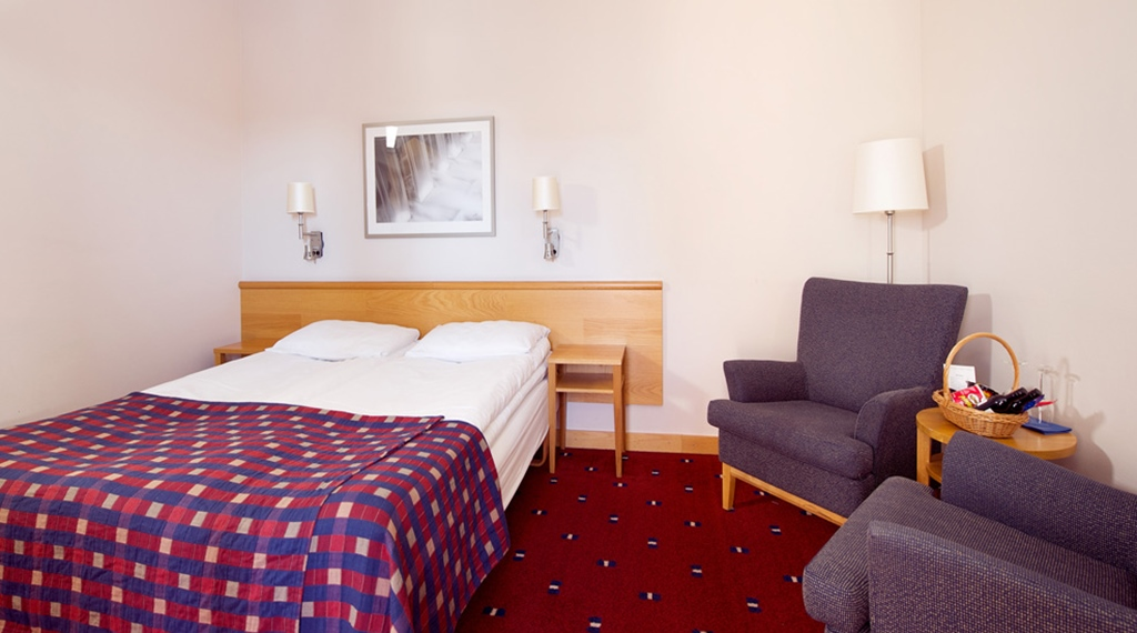 Modern superior double room at Bryggeparken Hotel in Skien