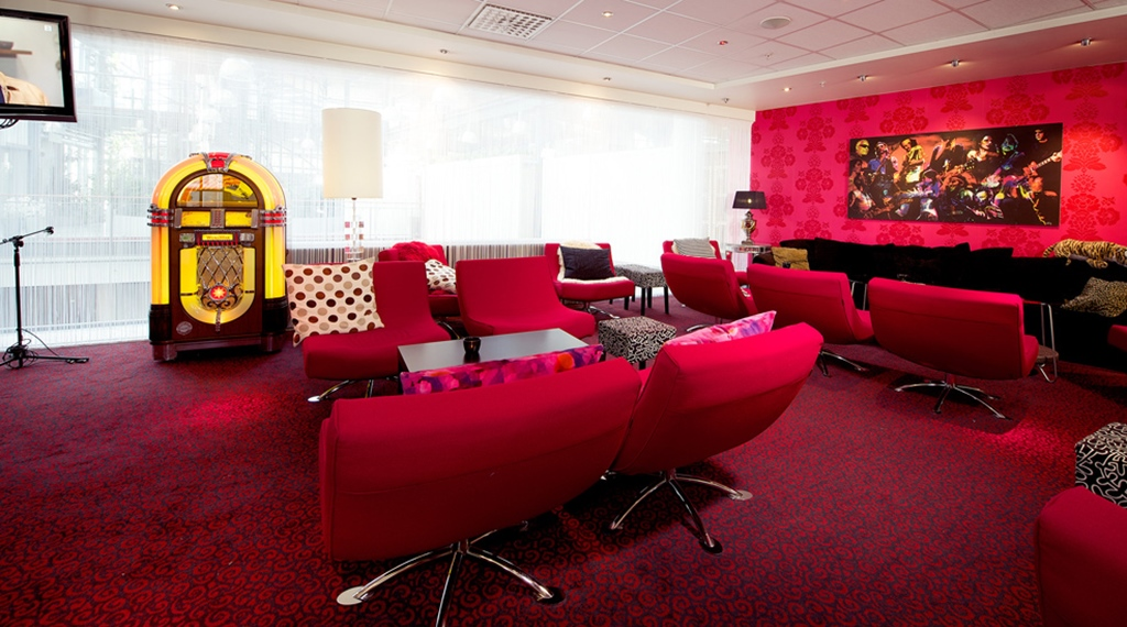 Fashionable and well-furnished lobby area at Grand Olav Hotel in Trondheim