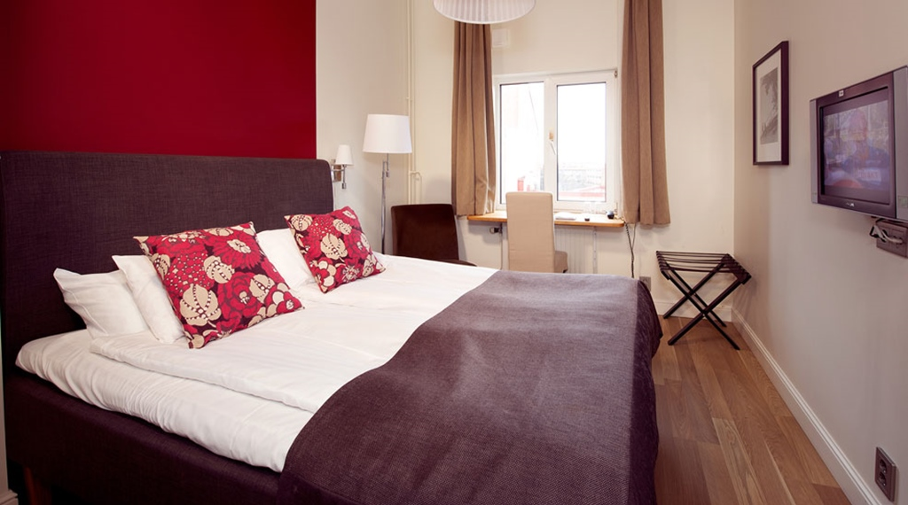 Bright and trendy double room at Norre Park Hotel in Halmstad