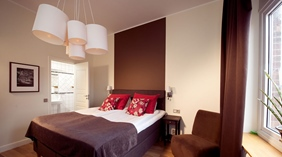 Large and bright superior double room at Norre Park Hotel in Halmstad
