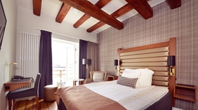Bright and fashionable superior single room with a great view at Packhuset Hotel in Kalmar