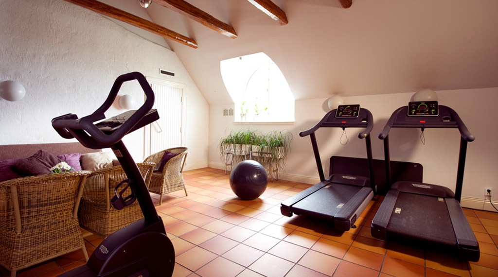 Well-equipped gym in cosy surroundings at Post Hotel in Oskarshamn