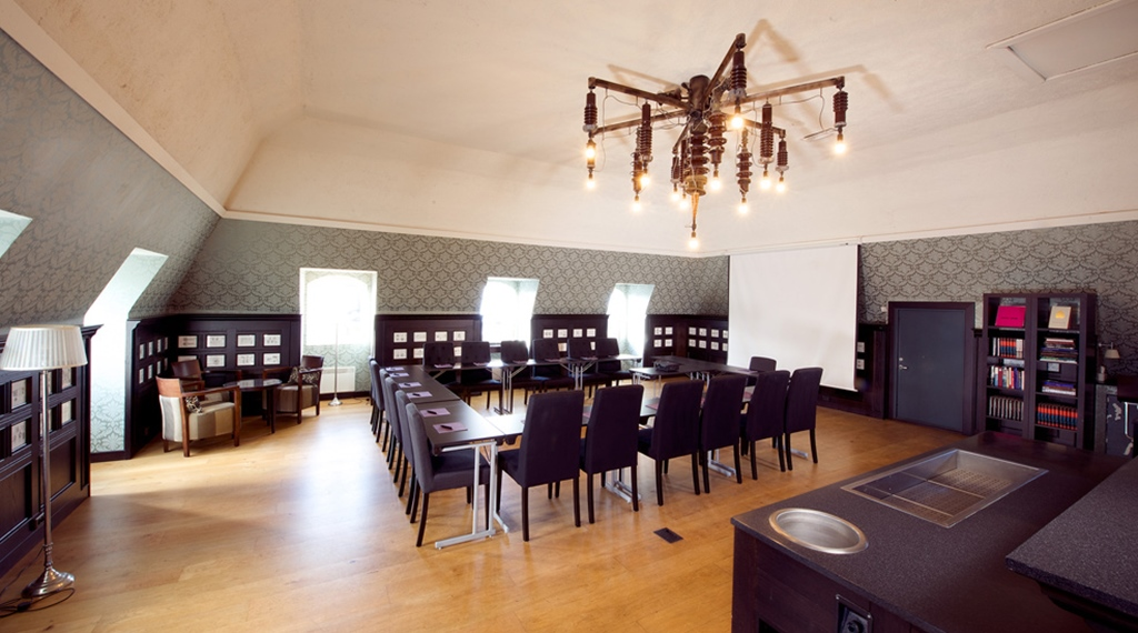 Spacious and bright conference area including a small and relaxing lounge at Savoy Hotel in Oslo