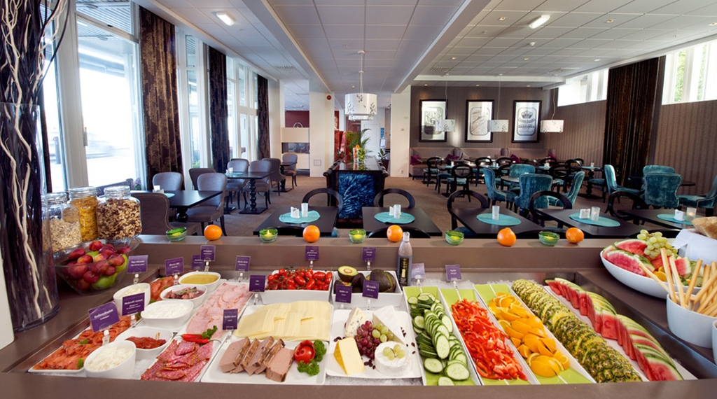 Extensive buffet at Skagen Brygge in Stavanger