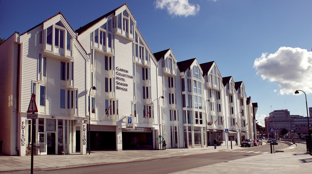 The location and facade of the Skagen Brygge in Stavanger