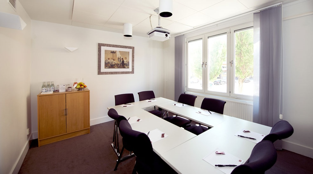 Bright and well-equipped meeting room at Tapto Hotel Stockholm