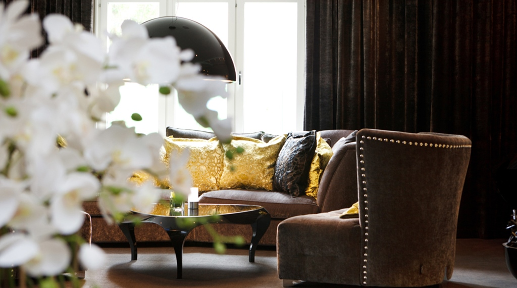 Elegant lounge with comfortable furniture at Tapto Hotel Stockholm