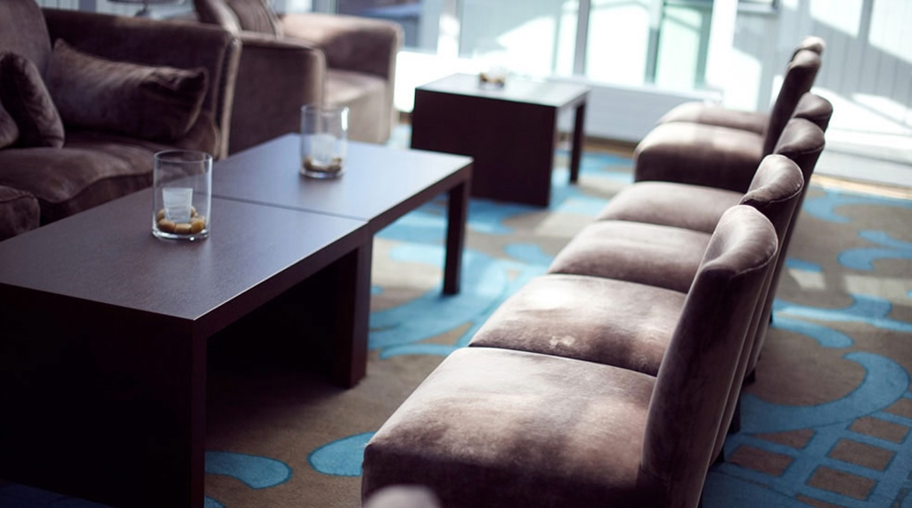 Stylish lounge with quality seating at Tollboden Hotel in Drammen