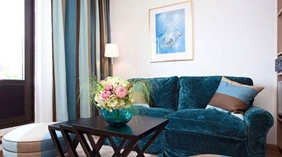 Bright and colourful suite at Wellington Hotel in Stockholm