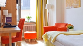 Hip and colourful single standard room at Wellington Hotel in Stockholm