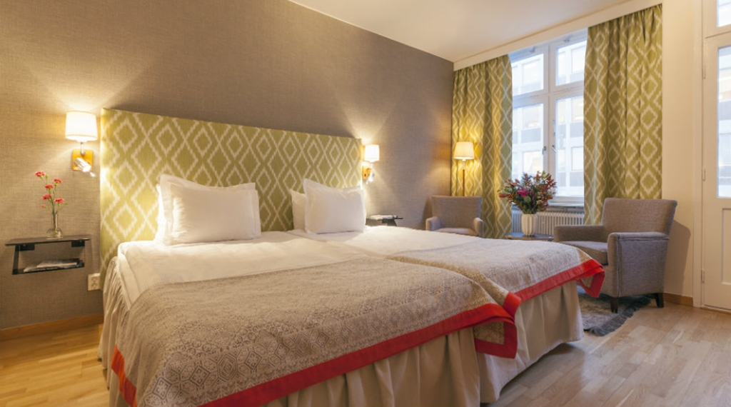 Elegant superior double room at Wellington Hotel in Stockholm