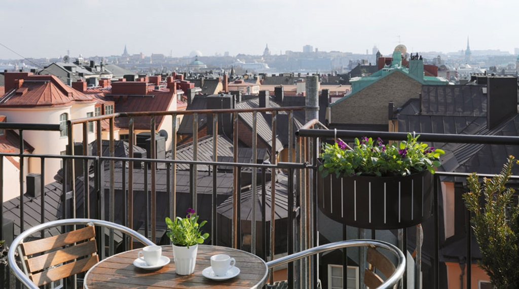 Enjoy the view of Stockholm city from the Wellington Hotel in Stockholm