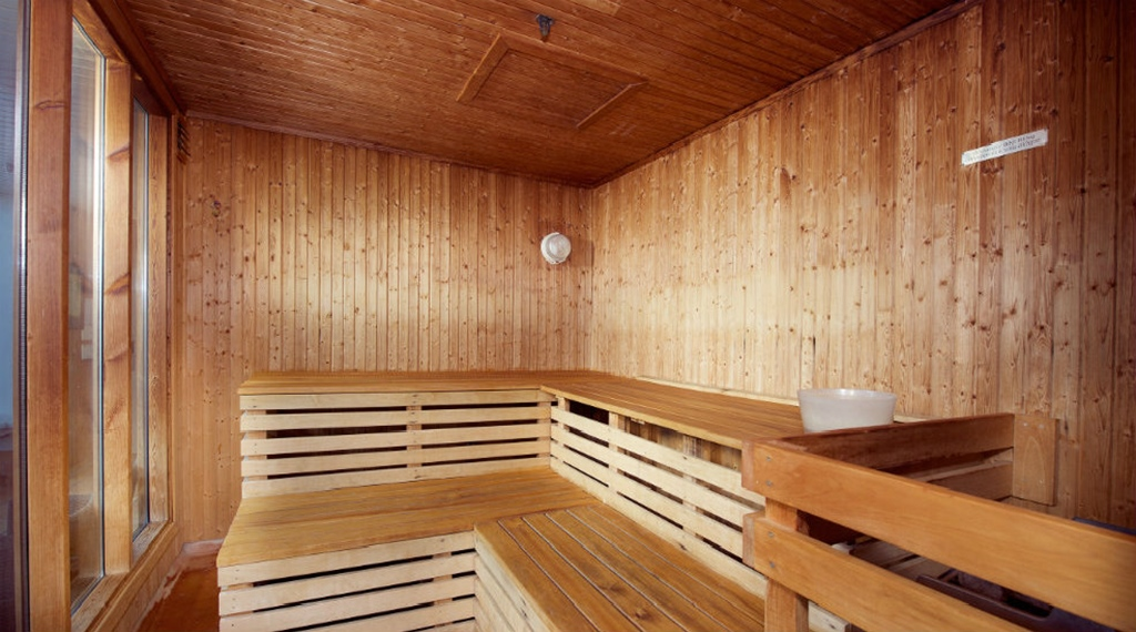 Traditional quality sauna at With Hotel in Tromso