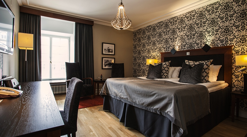 Elegant superior double room at Grand Hotel Helsingborg