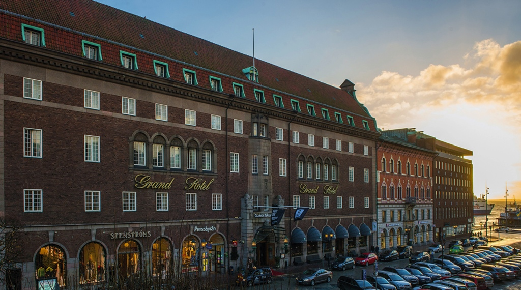 The impressive facade of the Grand Hotel Helsingborg