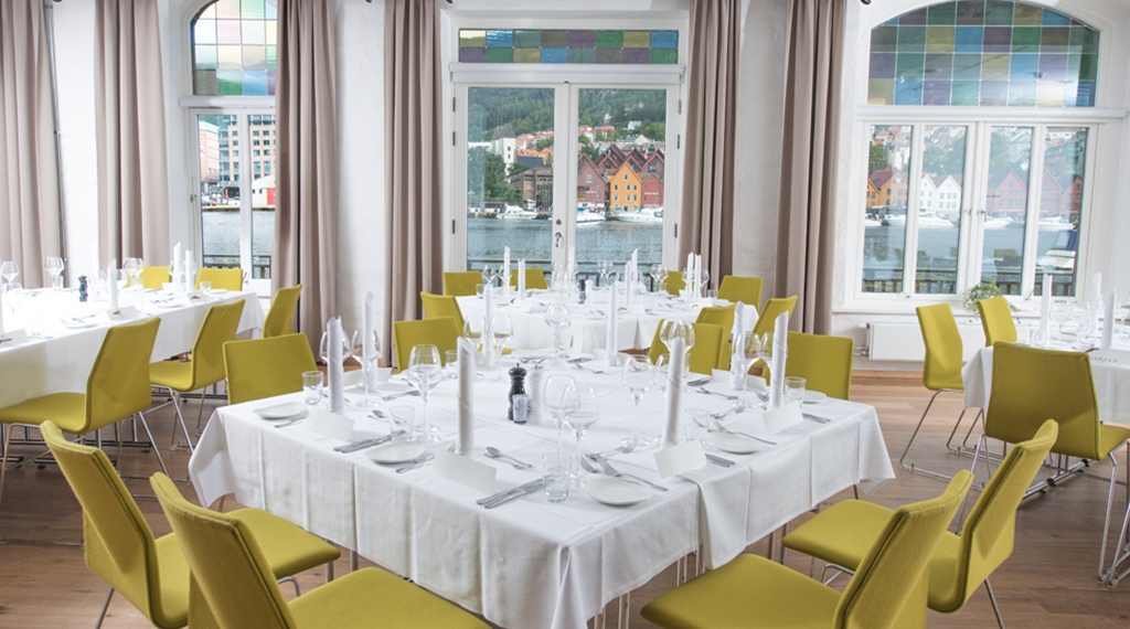 Elegant restaurant with a great view of the inlet at Admiral Hotel in Bergen