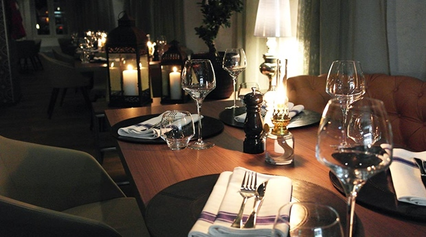 Enjoy the delicious food and top quality interior in the restaurant at Admiral Hotel in Bergen