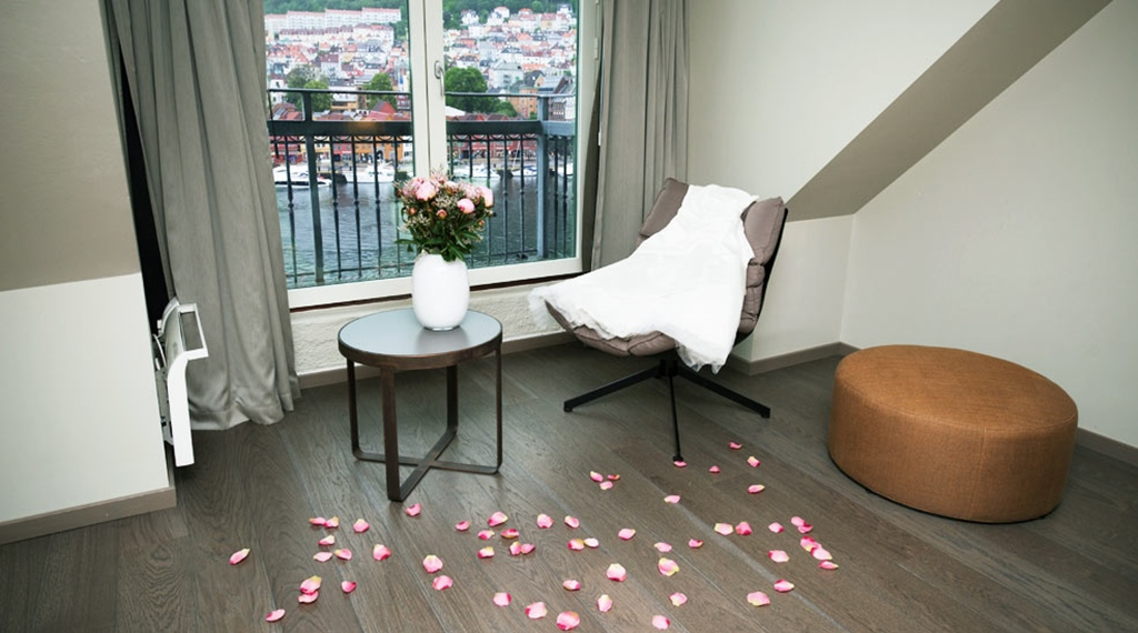 Celebrate your wedding night or honeymoon in perfect romantic surroundings at Admiral Hotel in Bergen