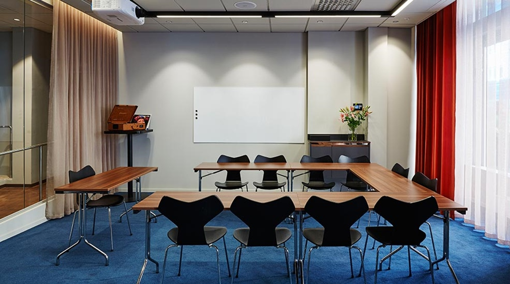 Modern and renovated Etta meeting room at Clarion Hotel Amaranten