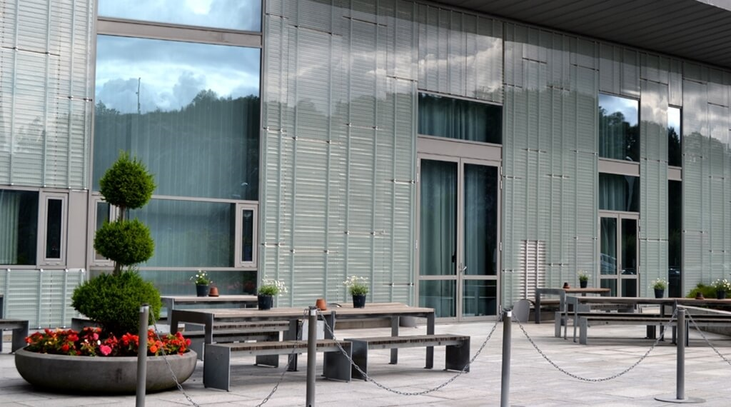 Spacious outdoor area with comfortable seating at Bergen Airport Hotel in Bergen