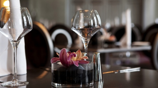 Restaurant details including quality cutlery and furniture at Ernst Hotel in Kristiansand