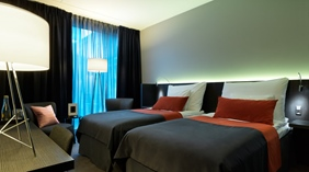 Stylish twin hotel room at Post Hotel in Gothenburg