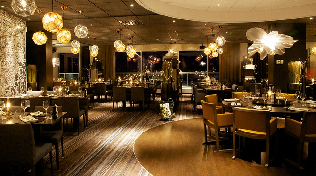The luxurious and elegant restaurant at Sense Hotel in Lulea