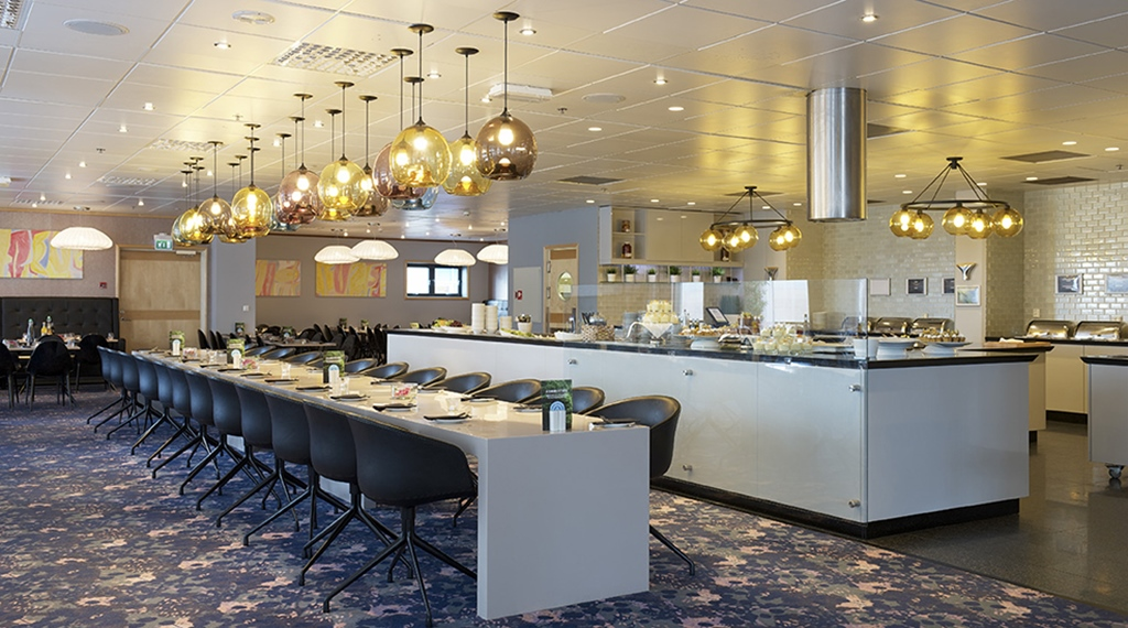 The elegant Kitchen & Table restaurant at Stavanger Hotel