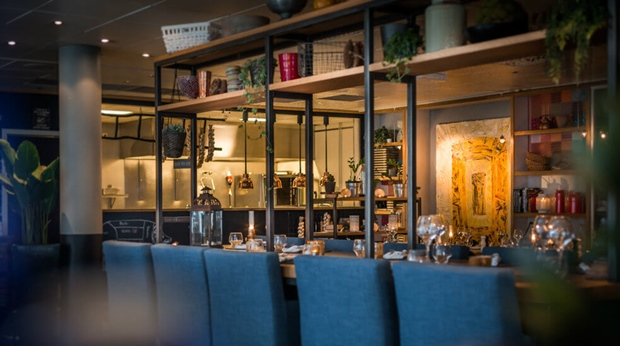 Restaurant and bar clarion hotel stavanger for Food bar stavanger