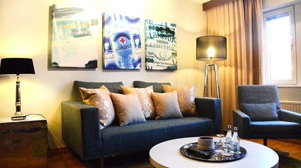 Bright and trendy suite living room at Winn Hotel in Gavle