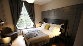 Hip and well-furnished standard hotel room at Wisby Hotel in Visby