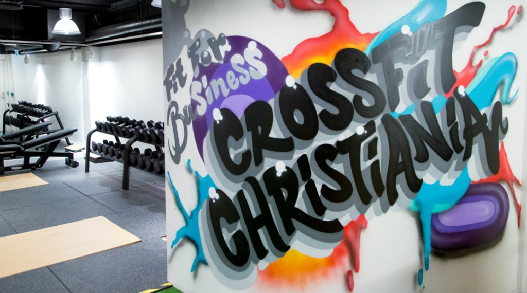 "Street art ""Crossfit Christiania"" at the Comfort Hotel Børsparken"