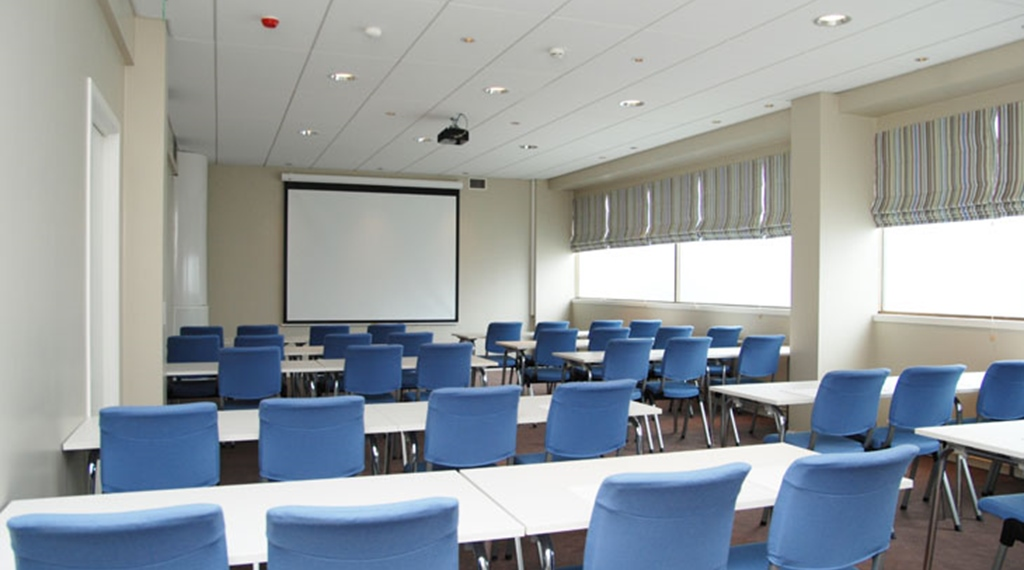 Large conference room at Comfort Hotel Floro