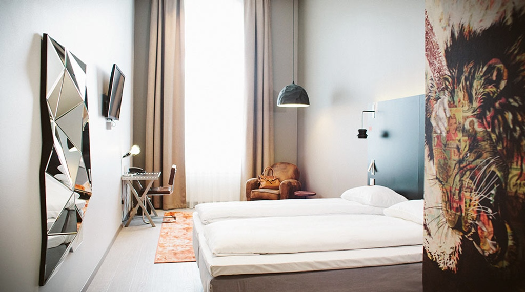 Rooms and room types comfort hotel grand central for Designhotel oslo
