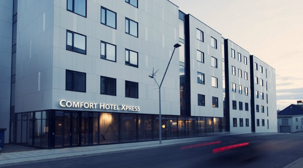 Facade of Comfort Hotel Express Central Station in Tromso