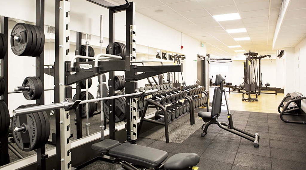 Modern and well-equipped gym at Quality Froso Park Hotel in Froson