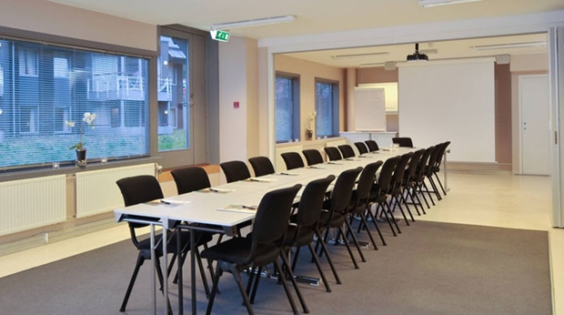 Modern and well-equipped meeting room at Spa & Hotel Holmsbu