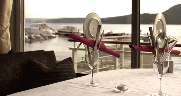 Restaurant with a direct view of the Drammensfjorden at Spa & Hotel Holmsbu
