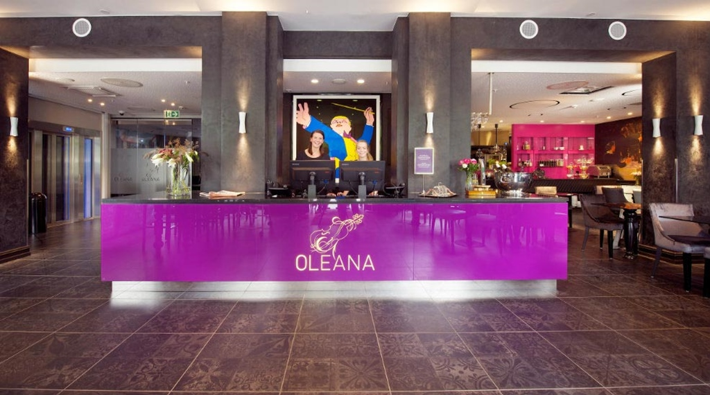 Large, welcoming and fashionable reception at Oleana Hotel in Bergen