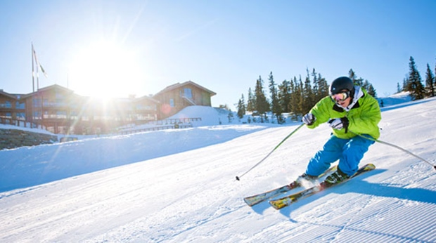 Take advantage of the first-class Norrefjell skiing facilities at Norrefjell Ski & Spa Hotel in Norrefjell