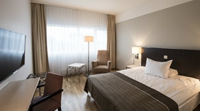 Large and modern double hotel room at Quality Airport Hotel Stavanger
