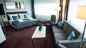 Large family room with space for the whole family at Quality Airport Hotel Stavanger