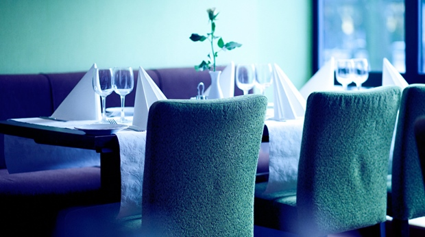 The comfortable and trendy interior design in the restaurant at Quality Augustin Hotel in Trondheim