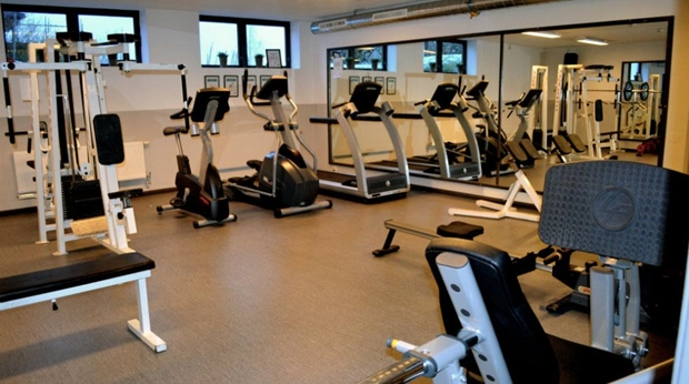 Modern and well-equipped gym at Quality Dalecarlia Hotel in Tallberg